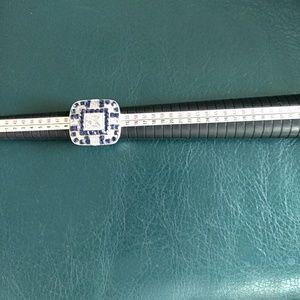 Jewelry - Beautiful statement ring nwot